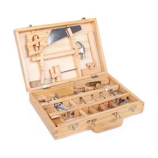 Большой набор инструментов в чемоданчике